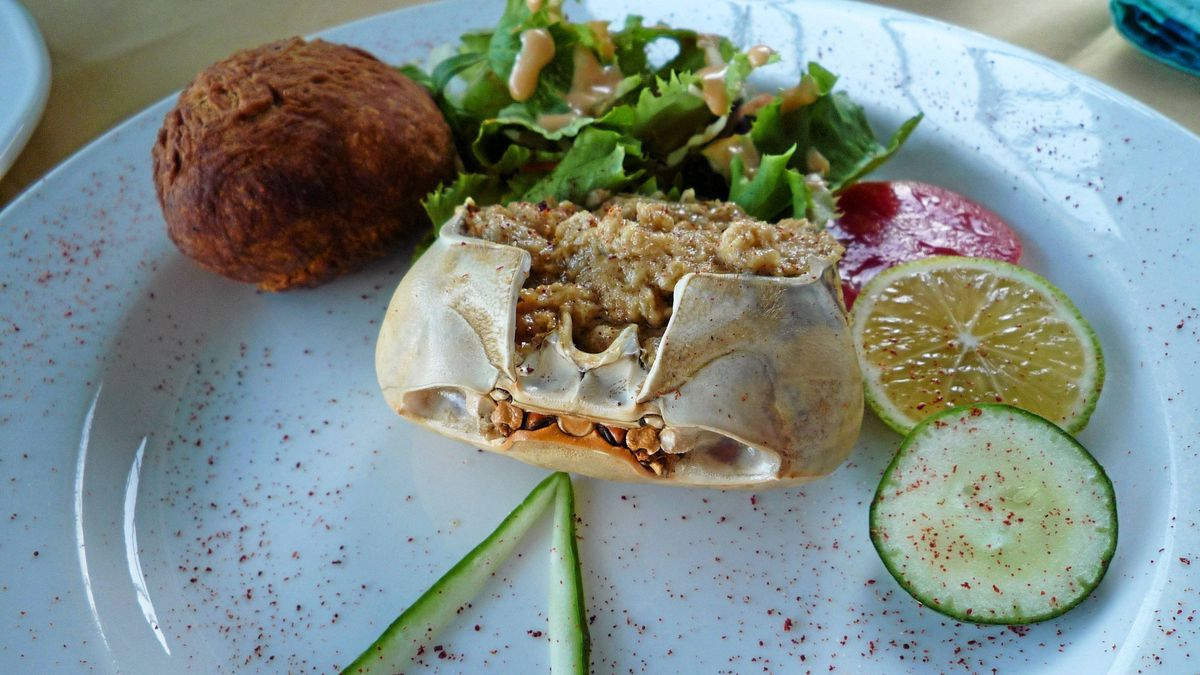 Crabback is a popular dish in Grenada, and there is no better place to enjoy it than at BB's Crabback in St. George's. The dish is a mix of fresh crabmeat mixed with exotic herbs, wine and cheese served in a crab shell.