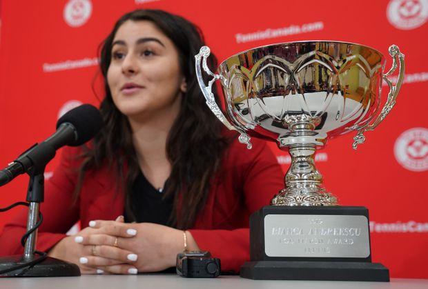 U.S. Open champ Andreescu still bothered by knee injury