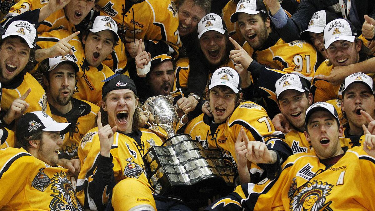 Shawinigan Cataractes celebrate after defeating the London Knights during their Memorial Cup final ice hockey game in Shawinigan, Quebec, May 27, 2012. REUTERS/Mathieu Belanger
