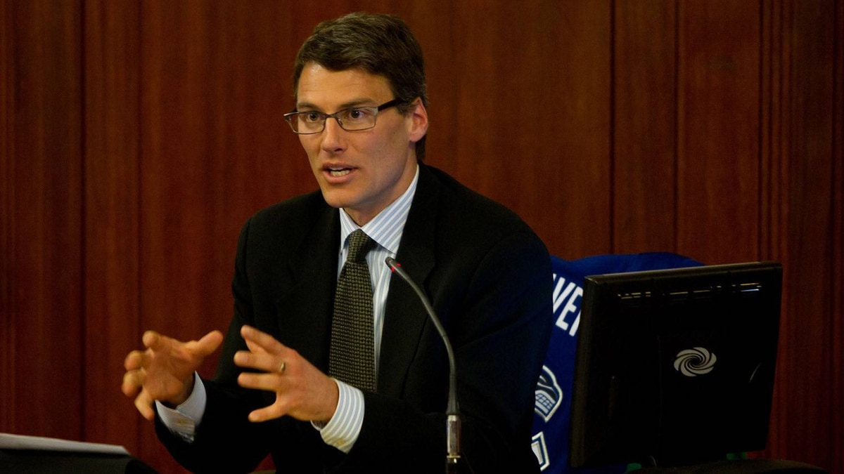 Vancouver Mayor Gregor Robertson has asked his constituents for help as he plans a friendly wager on the Stanley Cup final between his city's Canucks and the Boston Bruins. Mr. Robertson took to Twitter and called on Canucks fans to help him decide what to bet against Boston Mayor Thomas Menino.