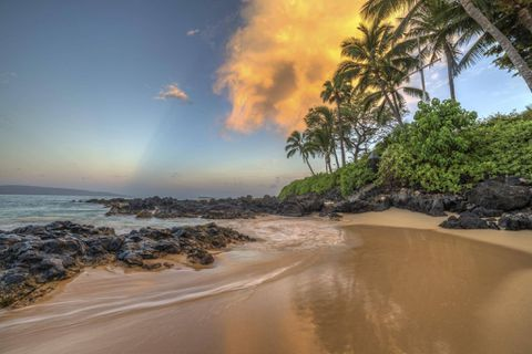 How can we do a Hawaii trip on a reasonable budget?