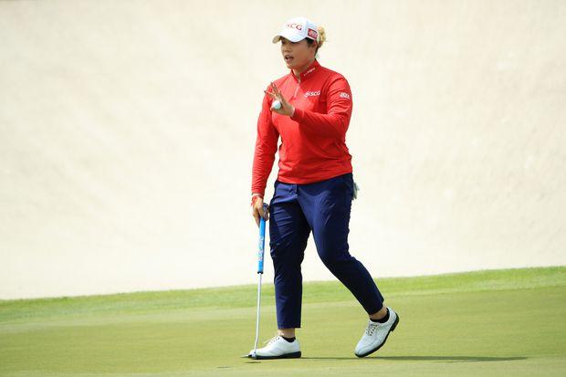 Ariya Jutanugarn moves into 1st place at LPGA Singapore | AP sports