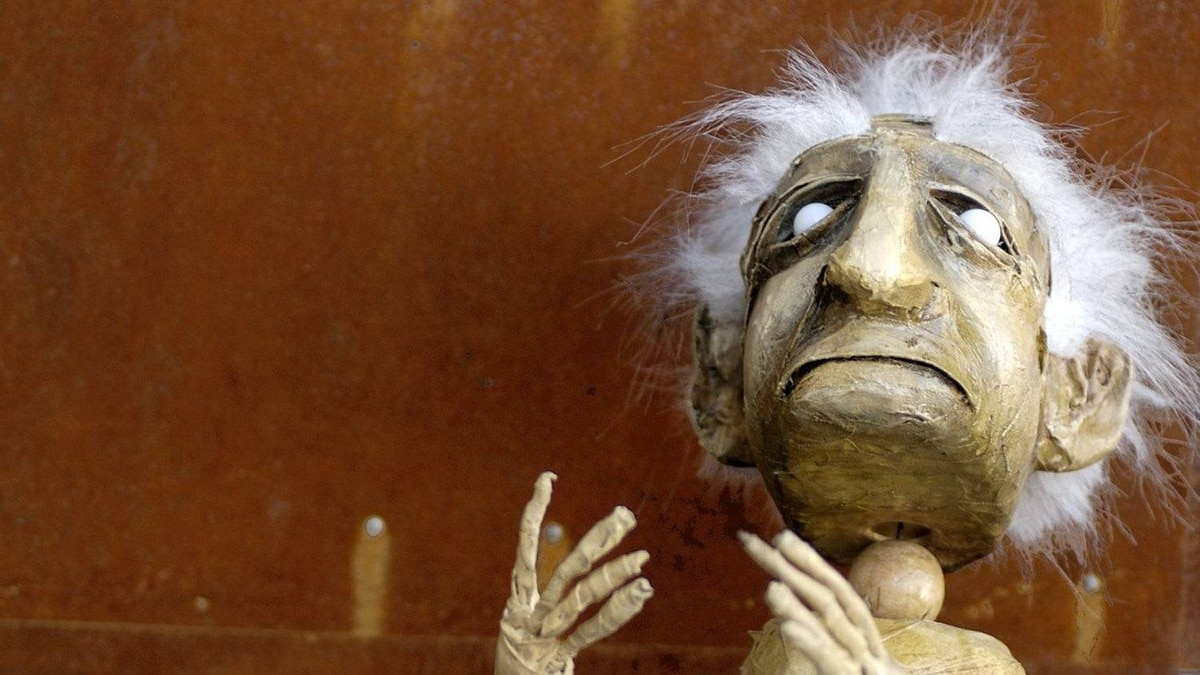 The Oldman from Famous Puppet Death Scenes - Push Festival