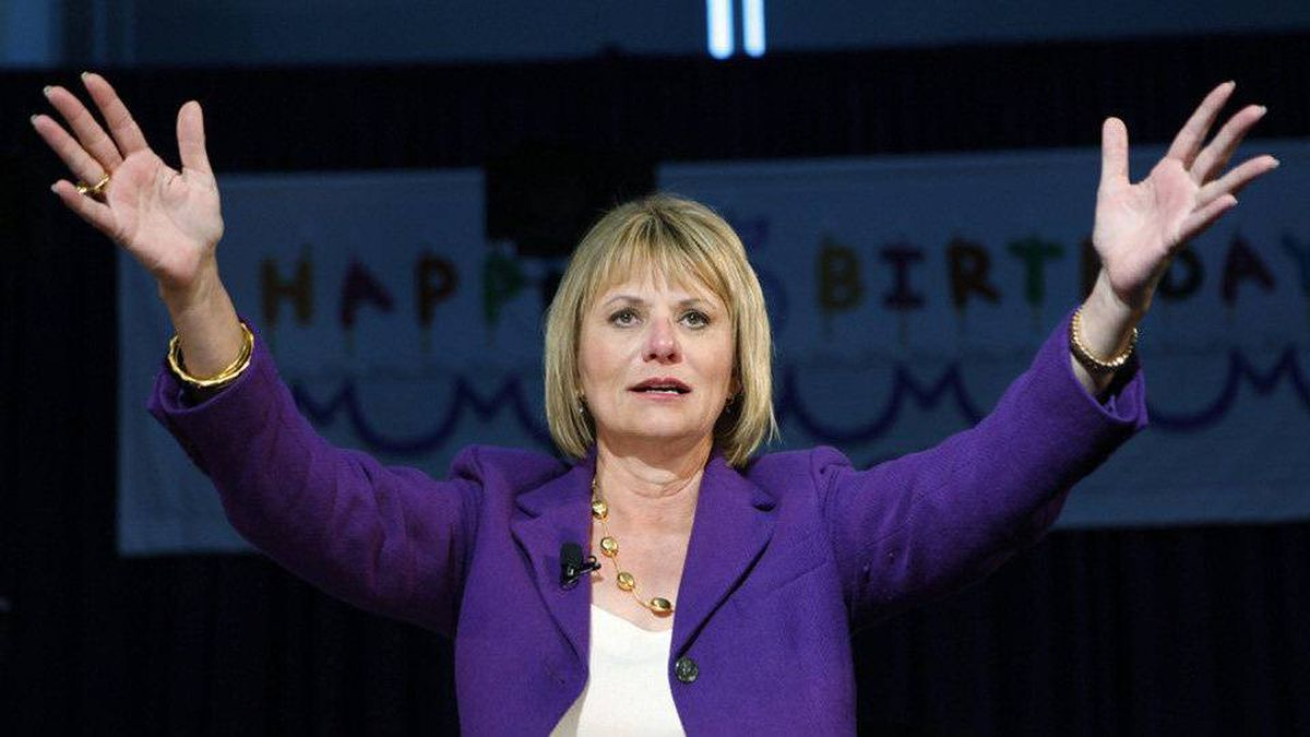 Yahoo CEO Carol Bartz gestures during Yahoo's 15th birthday party at Yahoo headquarters in Sunnyvale, Calif. on Tuesday, March 2, 2010.