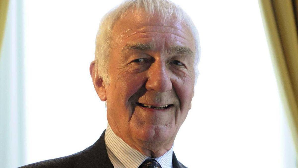 Author Richard Gwyn