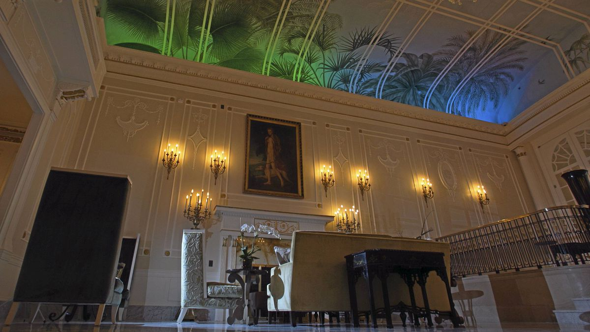The panelling in the Palm Court has been entirely rebuilt to the specifications of long eclipsed original splendour.