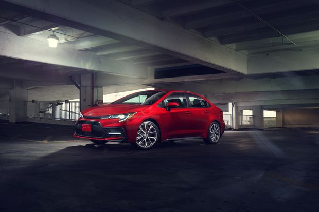 Review With Added Features 2020 Toyota Corolla Hybrid