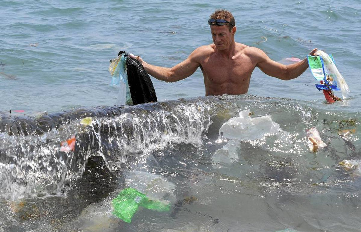 Pollution in Asian waters. BPA's presence in sea water comes in part from the breakdown of plastic trash dumped into the sea. MIKE CLARKE/AFP/Getty Images