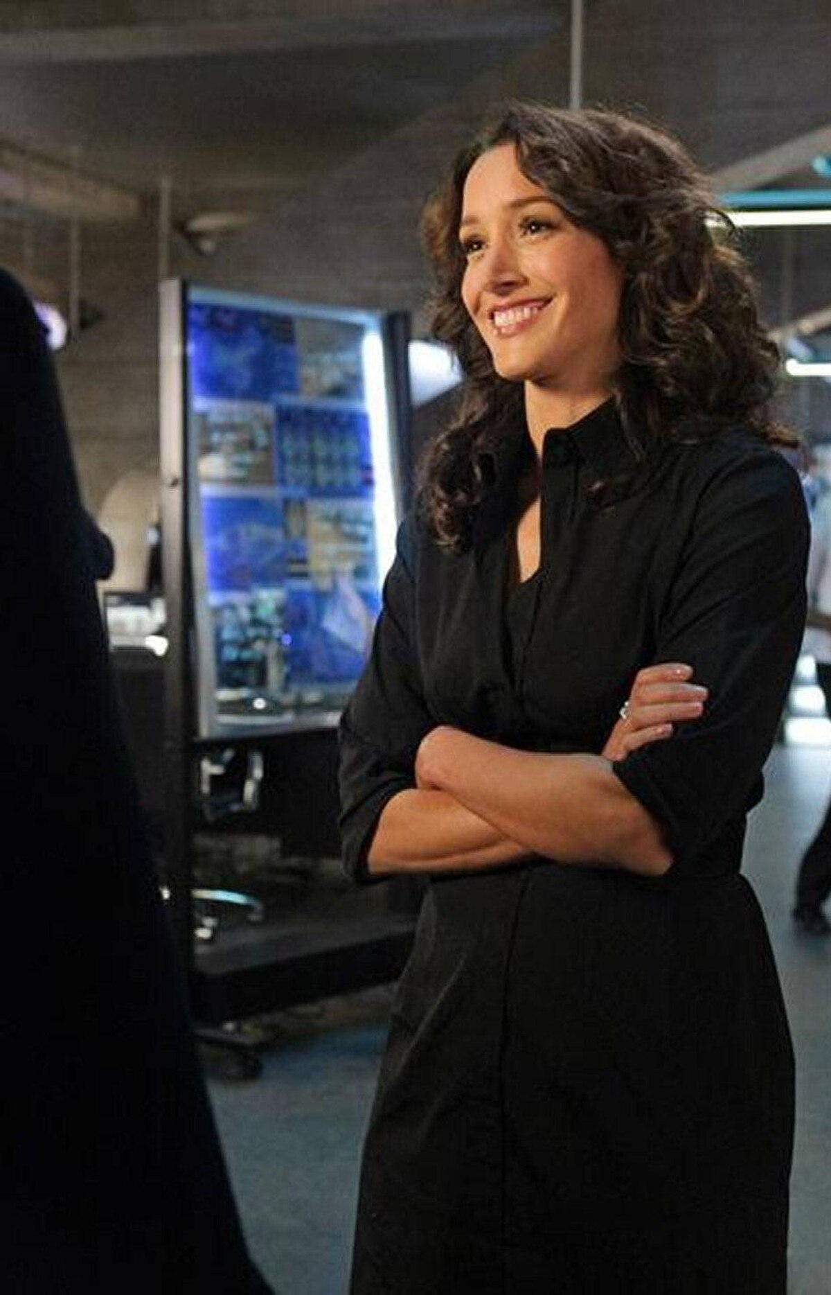 DRAMA Castle ABC, CTV Two, 10 p.m. ET/PT Jennifer Beals is not stewing in her juices over the cancellation of The Chicago Code. The former model and Flashdance star guest-stars in this hugely popular crime drama in the role of Sophia Conrad, a sexy and dangerous CIA operative who, as it turns out, was the inspiration for a series of espionage novels by series regular Rick Castle (Nathan Fillion). In tonight's second half of a two-part episode, Ms. Conrad teams with Castle and NYPD detective Kate Beckett (Stana Katic) to derail a chain of international events that could plunge the U.S. into a major military conflict.