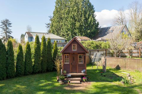 Teeny house, big lie: Why so many proponents of the tiny-house movement have decided to upsize
