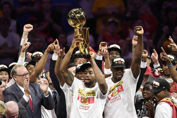Toronto Raptors Celebrate Historic NBA Win With Downtown Parade
