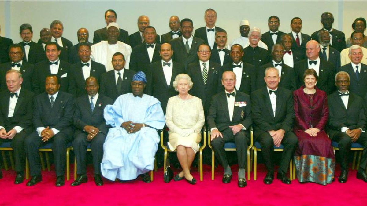 The Queen and the Duke of Edinburgh pose with the Commonwealth heads of government during their meeting in Abuja, Nigeria, in December, 2003. Reuters