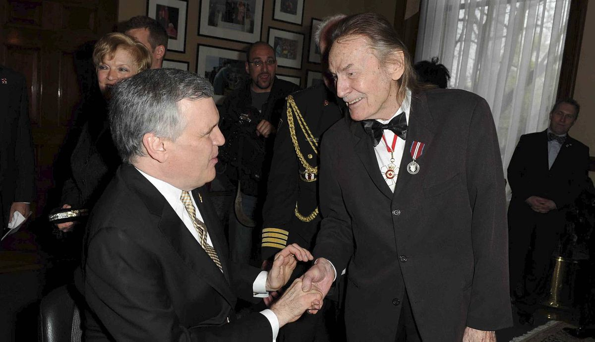 "Lieutenant Governor of Ontario David C Onley with Gordon Lightfoot at the ""60-in-60"" Diamond Jubilee photo exhibit launch, in the Lieutenant Governor's Suite Queen's Park."