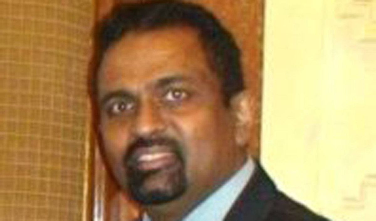 Andrew Mahendrarajah Antonipillai born in Karampon Kayts, and lived in Montreal Canada, passed away on May 3rd 2012.