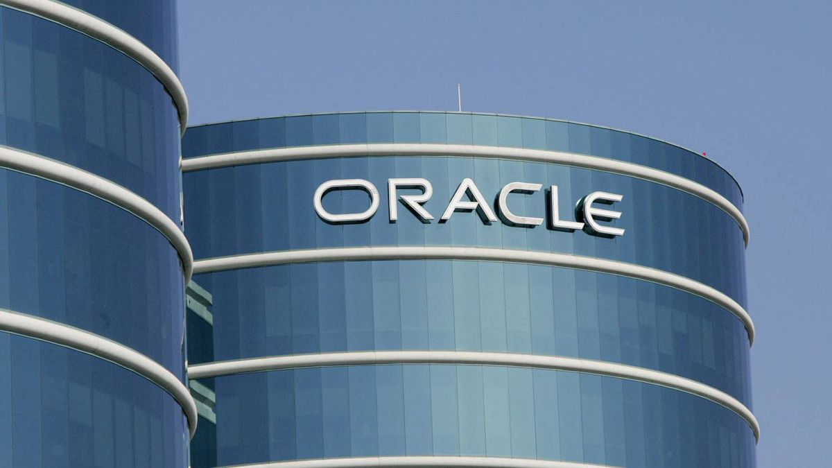 An exterior view of Oracle Corp. headquarters is shown in a Redwood City, Calif.