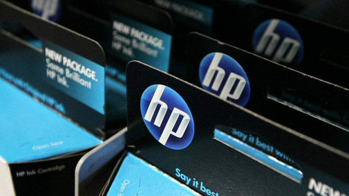 SAN FRANCISCO - JUNE 01: Packages of HP ink cartridges ares displayed at a Best Buy store June 1, 2010 in San Francisco, California. Hewlett-Packard Co. will introduce new printers with Web access and e-mail addresses.