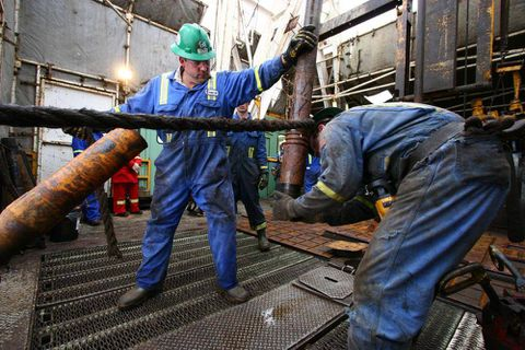 Precision Drilling to ramp up spending, rig construction