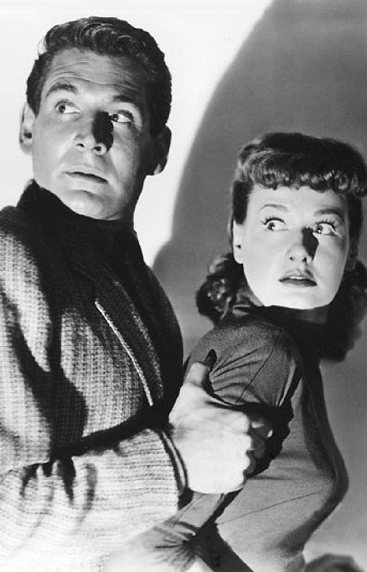 MOVIE War of the Worlds AMC, 10 p.m. ET; 7 p.m. PT Although this 1953 film had a fraction of the budget of Steven Spielberg's 2005 remake, most H.G. Wells purists prefer the original. Adhering fairly closely to Wells's novel, the story casts Gene Barry as the scientist Dr. Clayton Forrester, who races to the scene when a large meteor crashes outside a small California town. While Dr. Forrester tries to take the scientific approach, the military begin dropping atomic bombs – to no avail – and pretty soon our little green planet is overrun with huge mechanical aliens shooting death rays. One of the first science-fiction films to win an Oscar (for special effects, naturally).