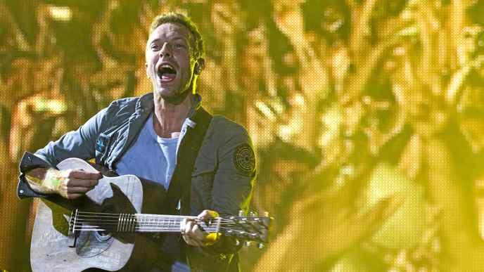 Coldplay's Chris Martin performs in Rio de Janeiro Sunday Oct. 2, 2011.
