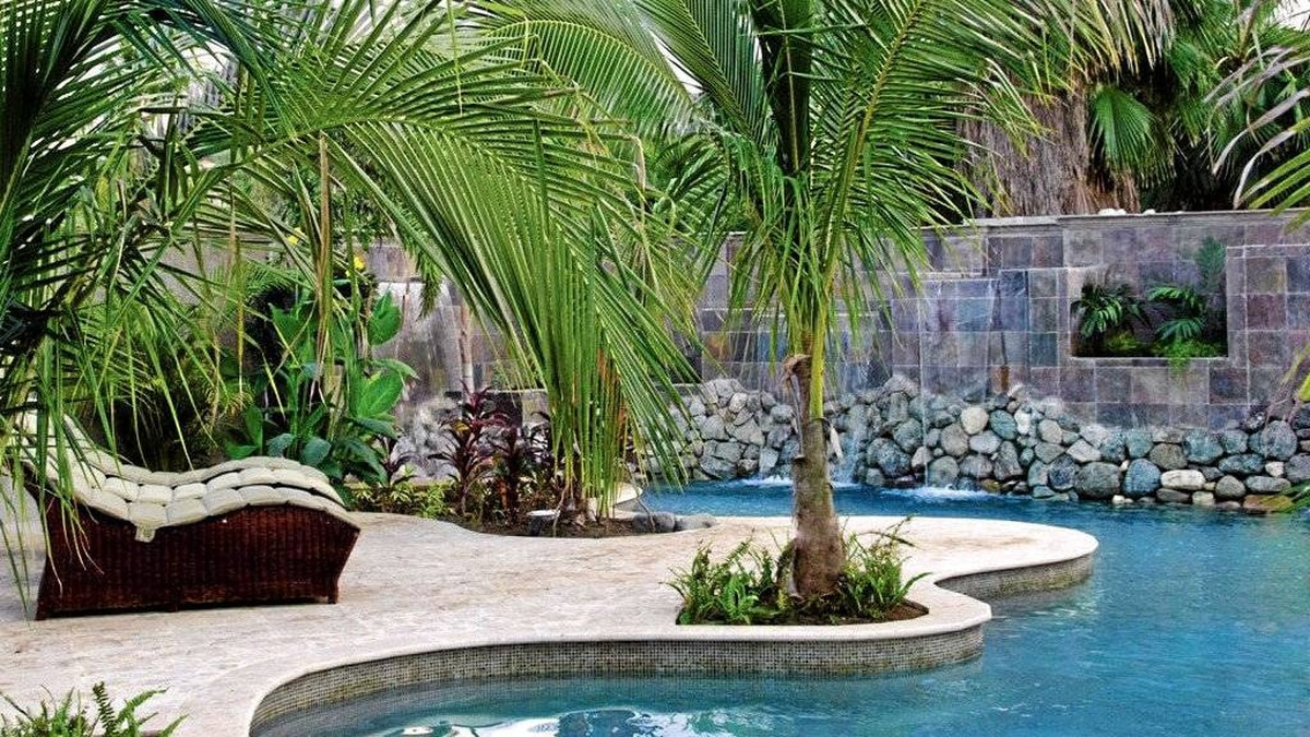Half Moon resort has 54 pools, but none offer the sexy seclusion of the spa's lagoon oasis.