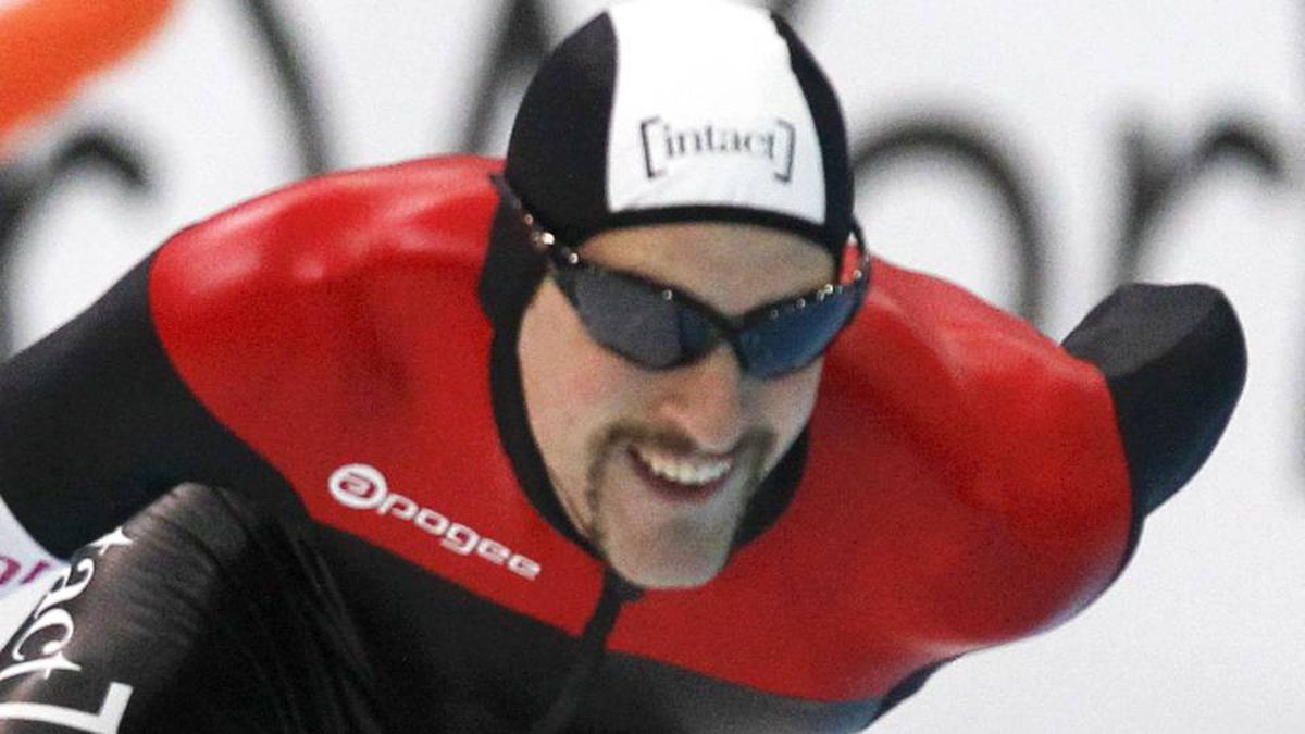 Canada's Denny Morrison skates in the men's 1500 metres at the Essent ISU speed skating World Cup in Astana.