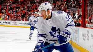 Kris Versteeg of the Toronto Maple Leafs