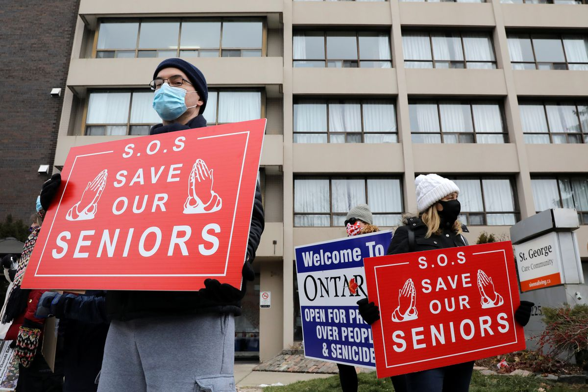 Ontario aims to give all seniors first COVID-19 shot by June, removes stay-at-home order for Toronto, Peel
