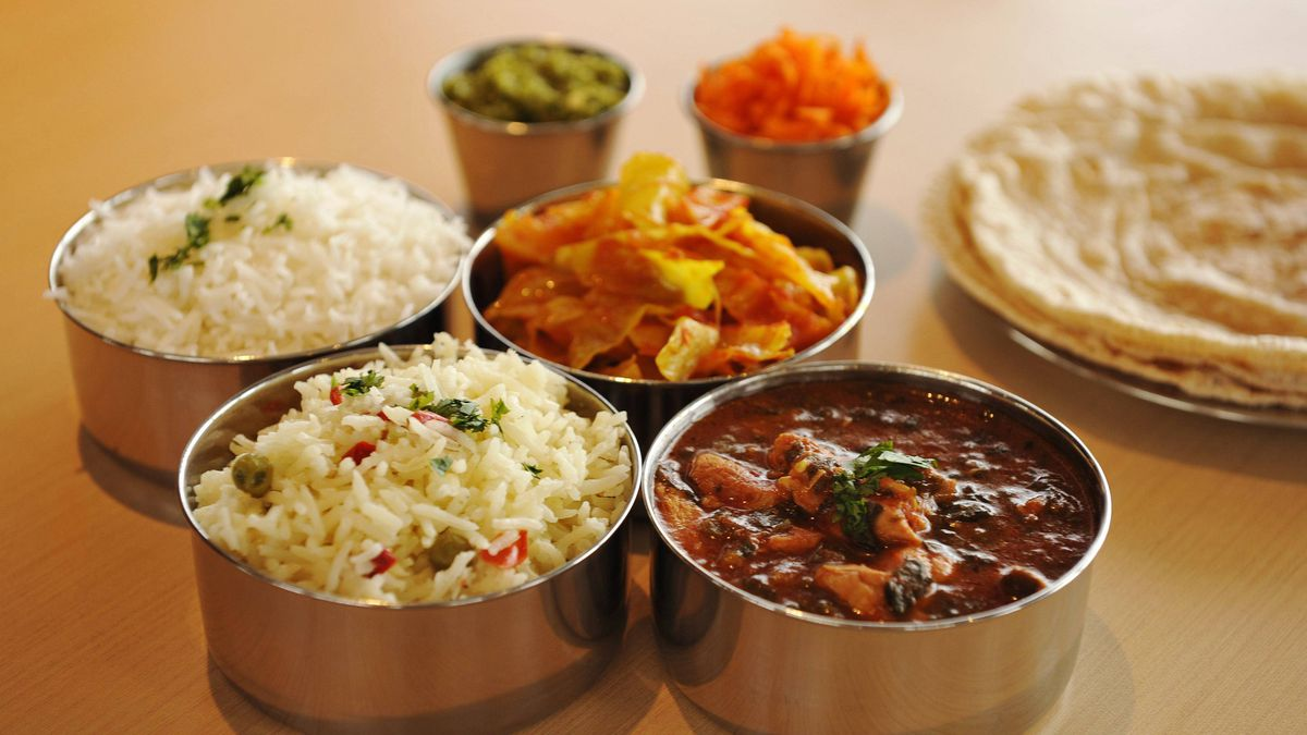 Tiffins deliver a lunch that really stacks up the globe for Cafe le jardin bell lane london