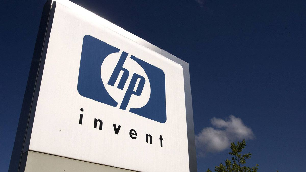 A HP Invent logo is pictured in front of Hewlett-Packard international offices in Meyrin near Geneva in this Aug. 4, 2009 file photograph.
