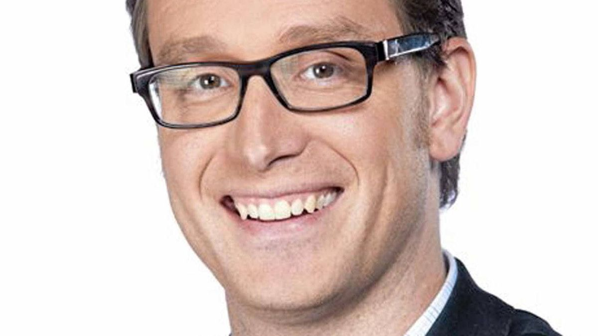 """Dan Riskin is the new host of """"Daily Planet."""""""