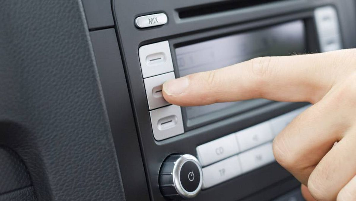 How to reset your car stereo code - The Globe and Mail