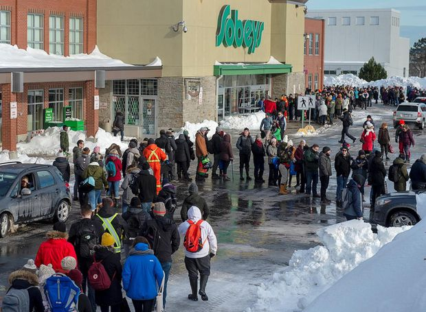 Long lineups as grocery stores in St. John's open for first time since blizzard