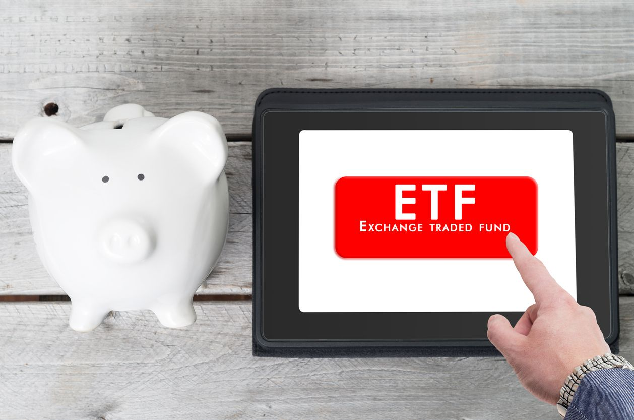 ETFs continue to outsell mutual funds, but is it a lasting trend?