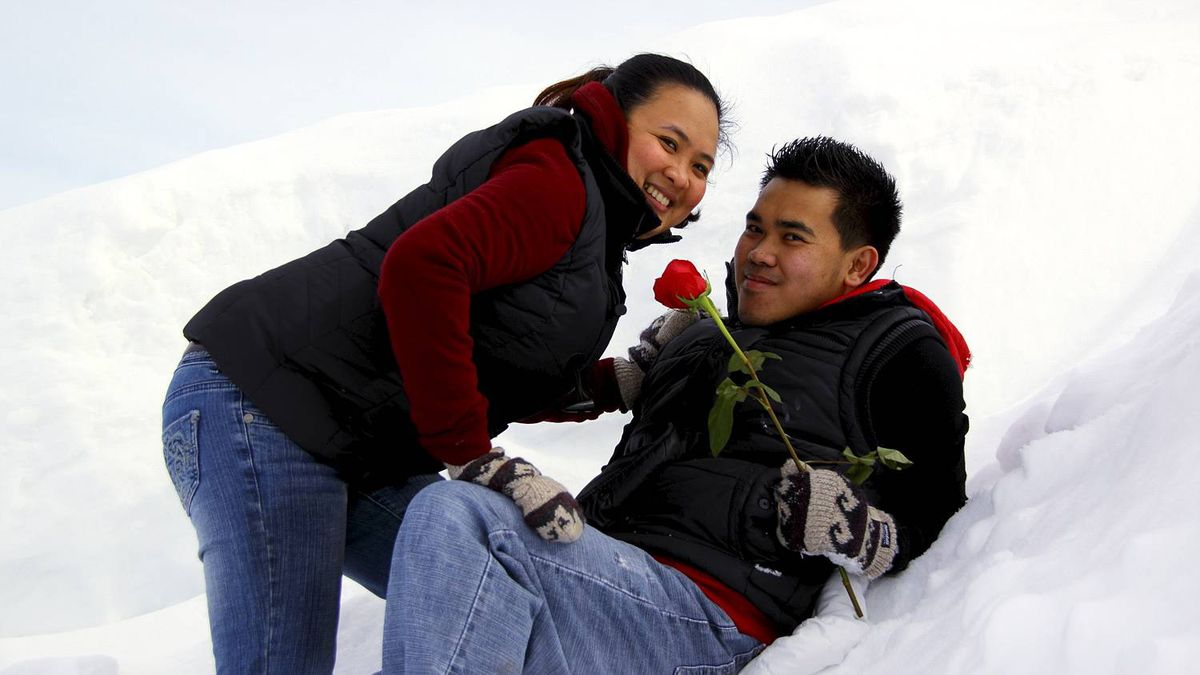 Sherry Culham photo: Courting in Canada - Norvelyn Nabong and Angelito Yabut in Regina, SK. The engaged couple are to married this May in the Philipinnes.