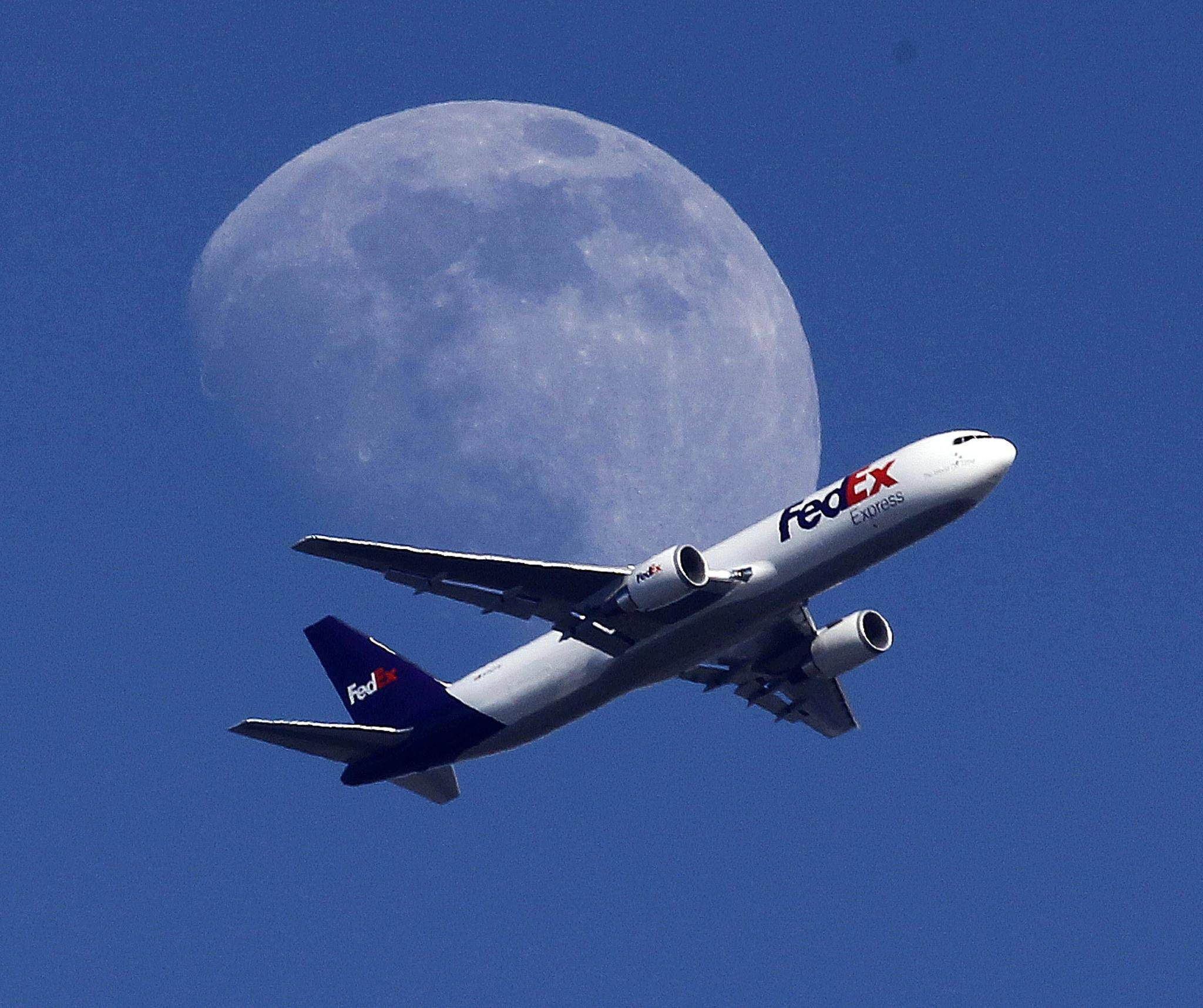 FedEx fice stores closing in Canada The Globe and Mail