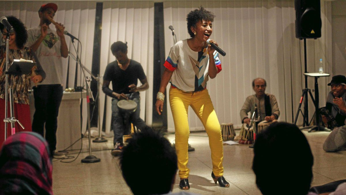 Alsarah, a member of the hip-hop troupe FEW Collective, performs during a concert organized by the U.S. embassy in Islamabad November 14, 2011.