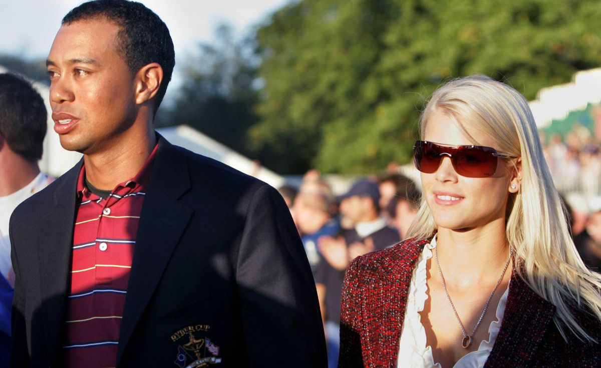 Tiger Woods and his wife Elin Nordegren attend the closing ceremony of the 2006 Ryder Cup at the K Club golf course, Straffan, Ireland, on Sept. 24, 2006.