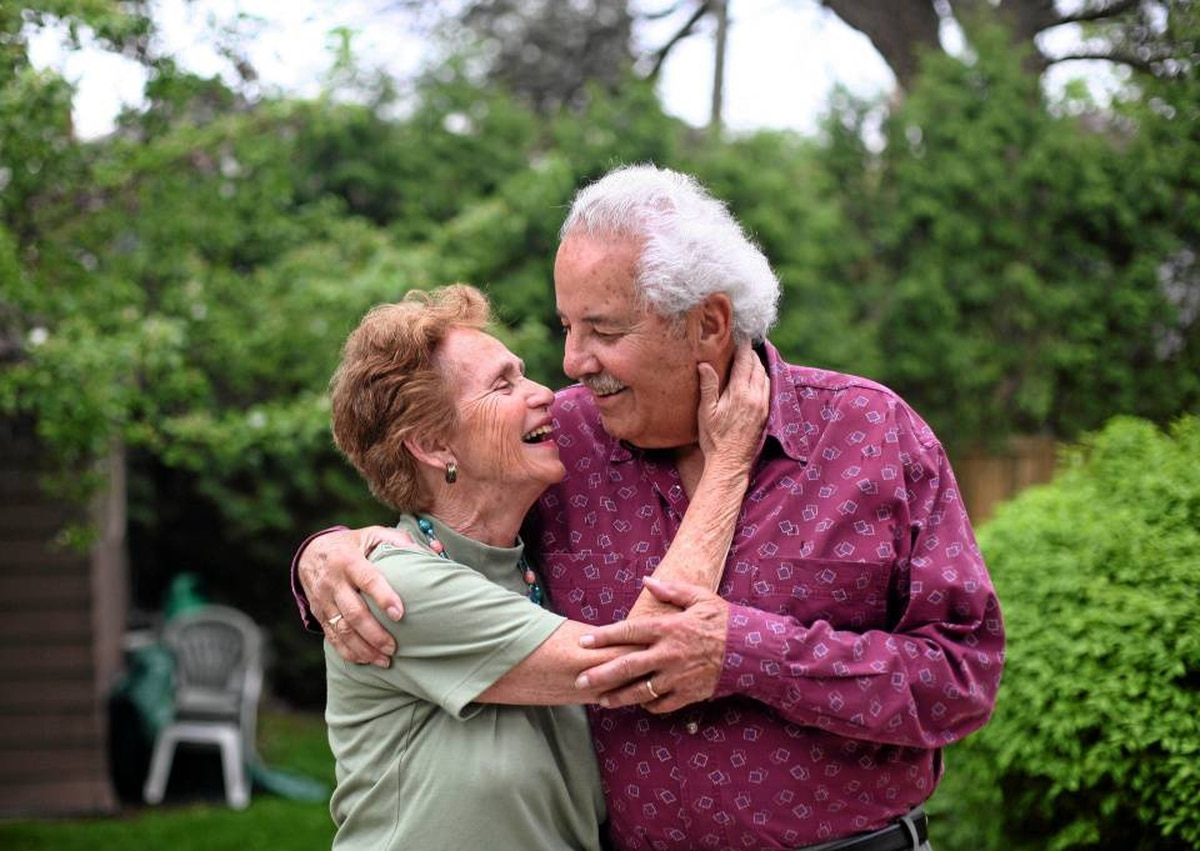 'They were like honeymooners, some of them,' says Rachel Aber-Schlesinger, who with husband Ben Schlesinger studied 20 couples who had been married at least 45 years.They've been married 51 years.