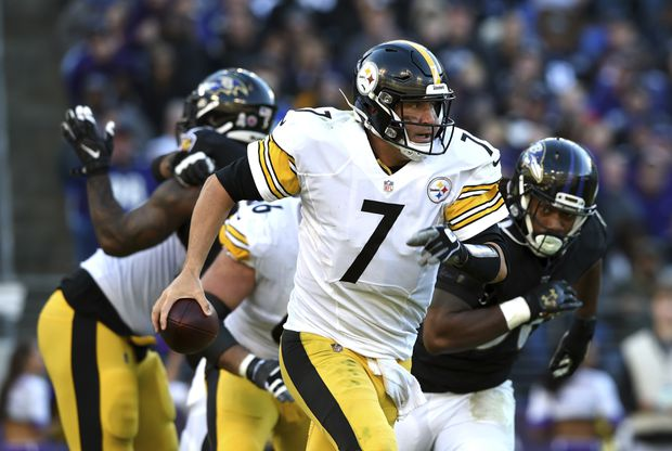 NFL roundup  Roethlisberger throws two touchdown passes 1aa0cb9bc