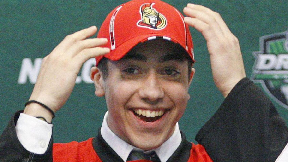 Ottawa Senators first round pick Mika Zibanejad, of Sweden, is all smiles at the 2011 NHL hockey draft in St. Paul, Minnesota, June 24, 2011. REUTERS/Eric Miller