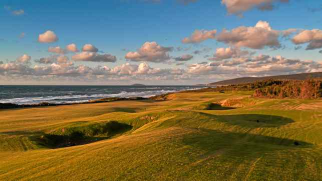 The sixteenth hole at Cabot Links in Cape Breton, Nova Scotia.
