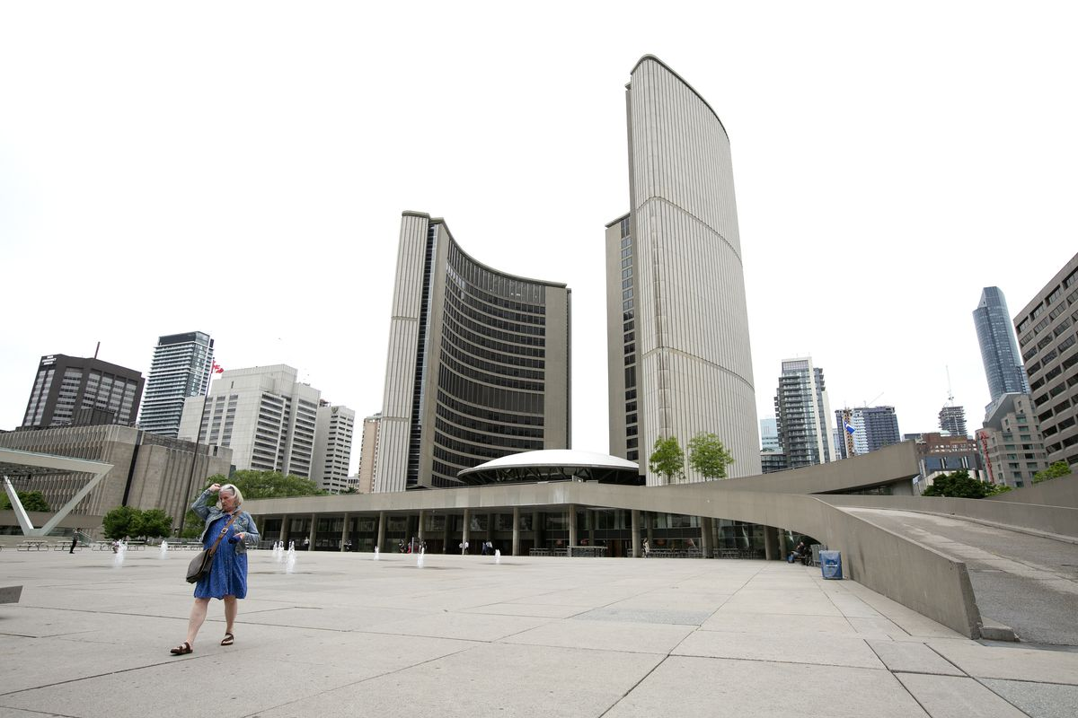 Toronto city council votes in favour of budget, ushering in property tax levy, big spending on transit