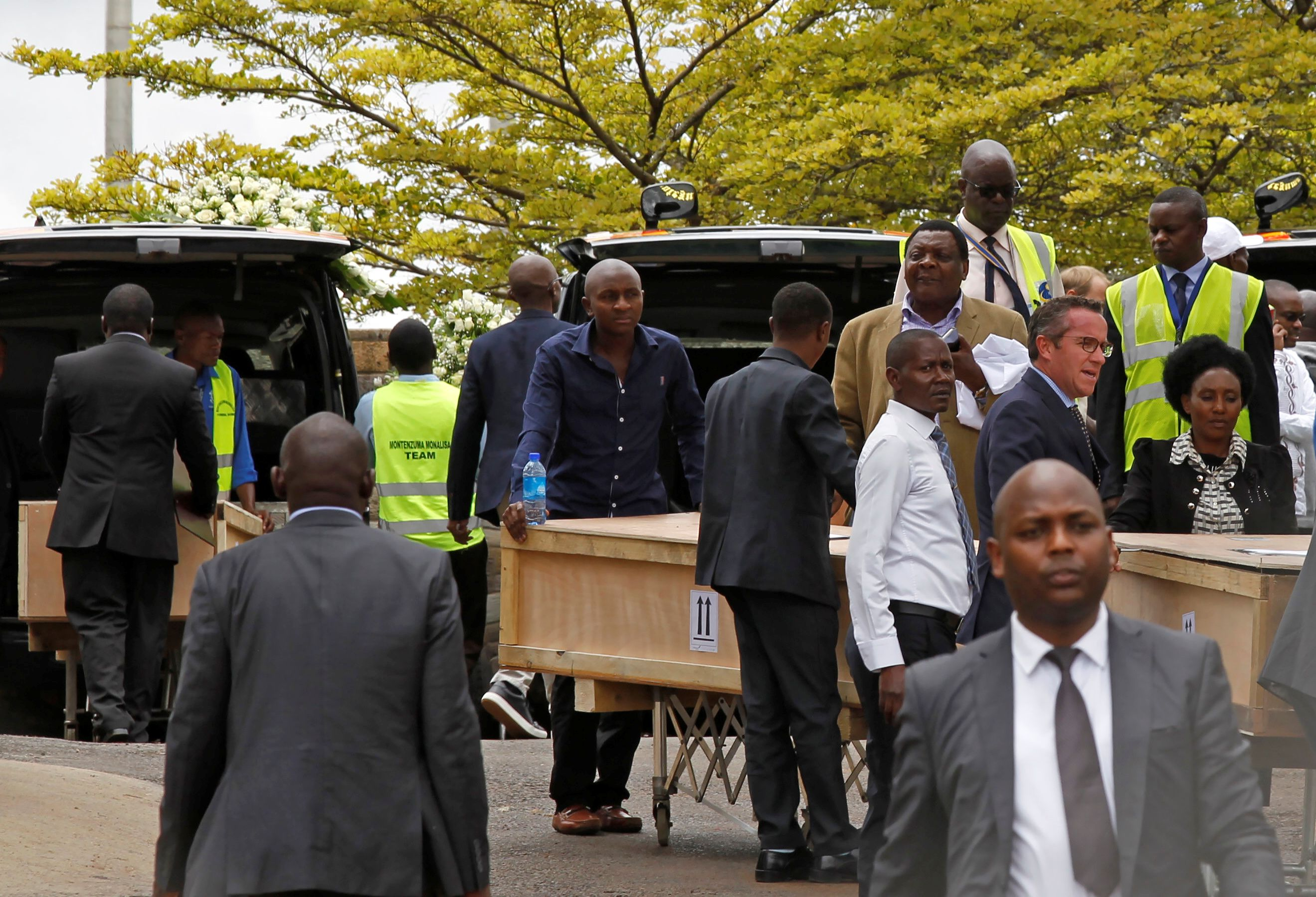 Remains of seven Canadians who died in Ethiopian Airlines crash return home