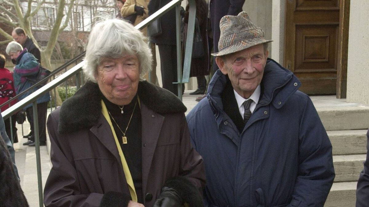 Writer June Callwood and husband Trent Frayne after services for Frank Shuster at Holy Blossom Temple.