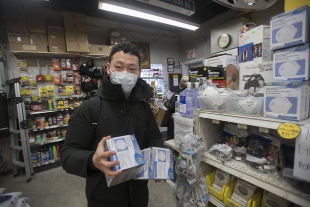 Despite low risk of coronavirus outbreak in Canada, face masks in high demand