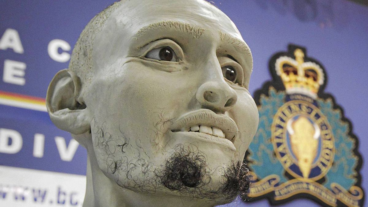 A 3D facial reconstruction of an unidentified murder victim displayed at RCMP headquarters in Vancouver, Feb. 28, 2012. Actual remains of the murder victim, including teeth and bones were used in the construction of the bust of the murder victim, in the hopes that it might help identify this man and thus further the police investigation.