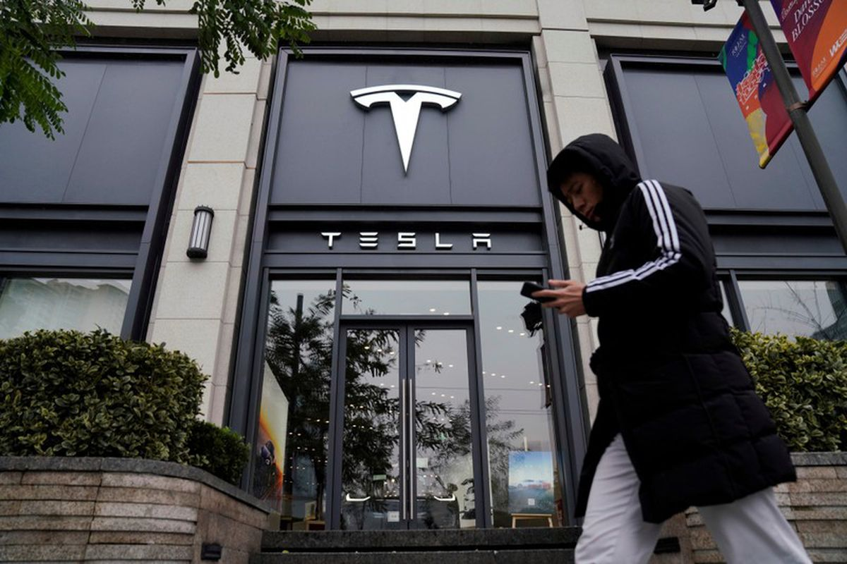 Tesla considers raising prices in China amid yuan uncertainty