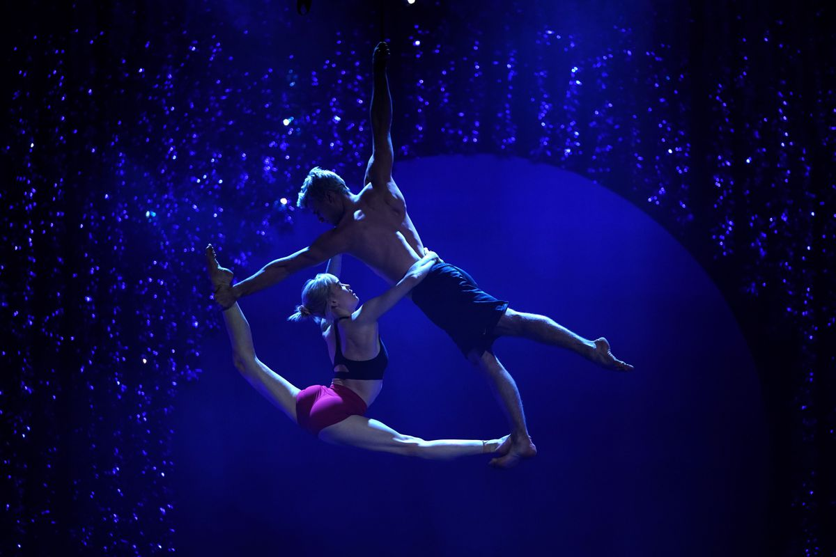 Caisse boosts Cirque du Soleil stake with deal to buy out founder