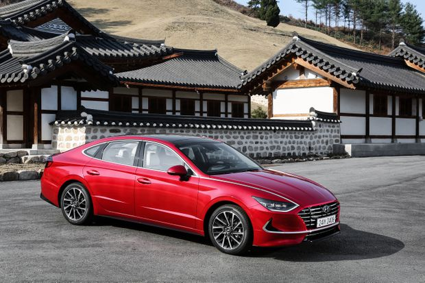 Review The 2020 Hyundai Sonata Is A Stylish Cleverly Appointed Mid