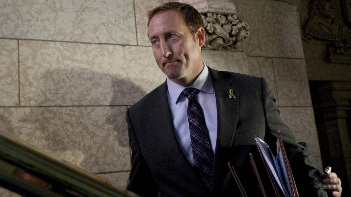 Minister of National Defence Peter MacKay leaves the House of Commons after speaking with the media on Parliament Hill in Ottawa, Thursday September 29, 2011.